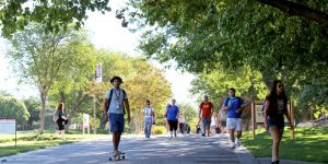 Students at New Mexico State University walk to their early morning classes on August 22, 2017. (Photo by Ione Blanco)